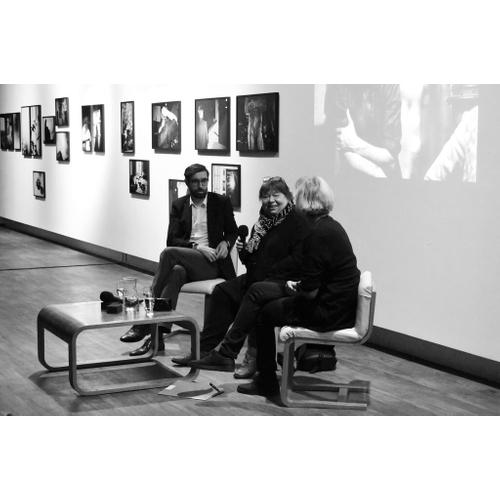 Ein in Leben wie auf der Achterbahn. Die Fotografin Libuše Jarcovjáková im Gespräch
