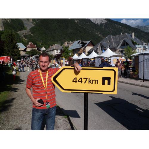 #229 Rozhovor s Tomášom Macekom o Grand Tour bubline a knižných storočniciach