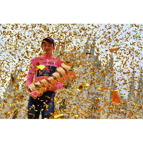 #260 GIRO/VUELTA ŠPECIÁL: Na Gire pokračoval baby boom, ovládol ho obrodený Ineos